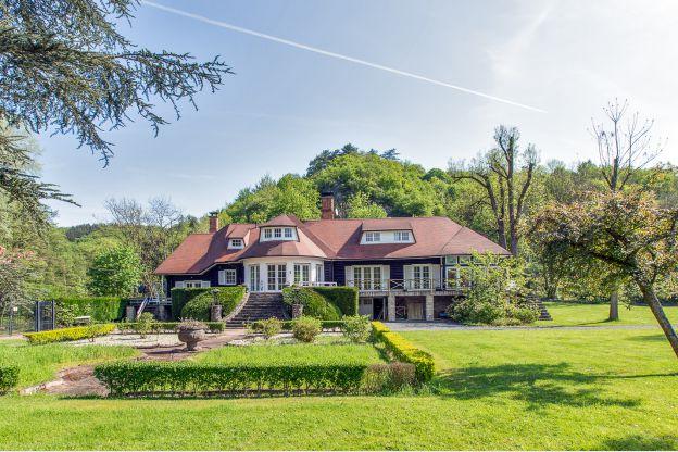 Maison_Fiche-Luxe-villa-s-106151-01-Ferrieres-1228829-1L